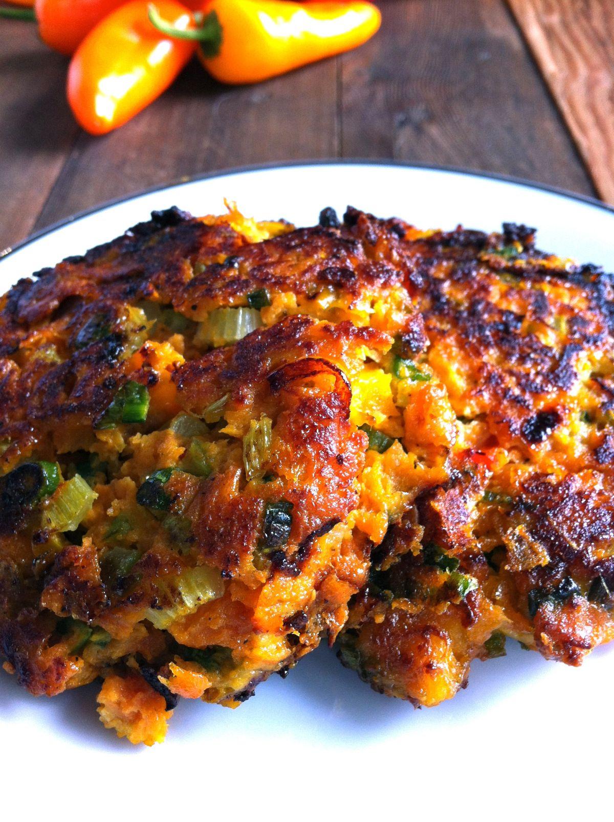 Sweet Potato Veggie Fritters   Veggie fritters, Vegetarian ...