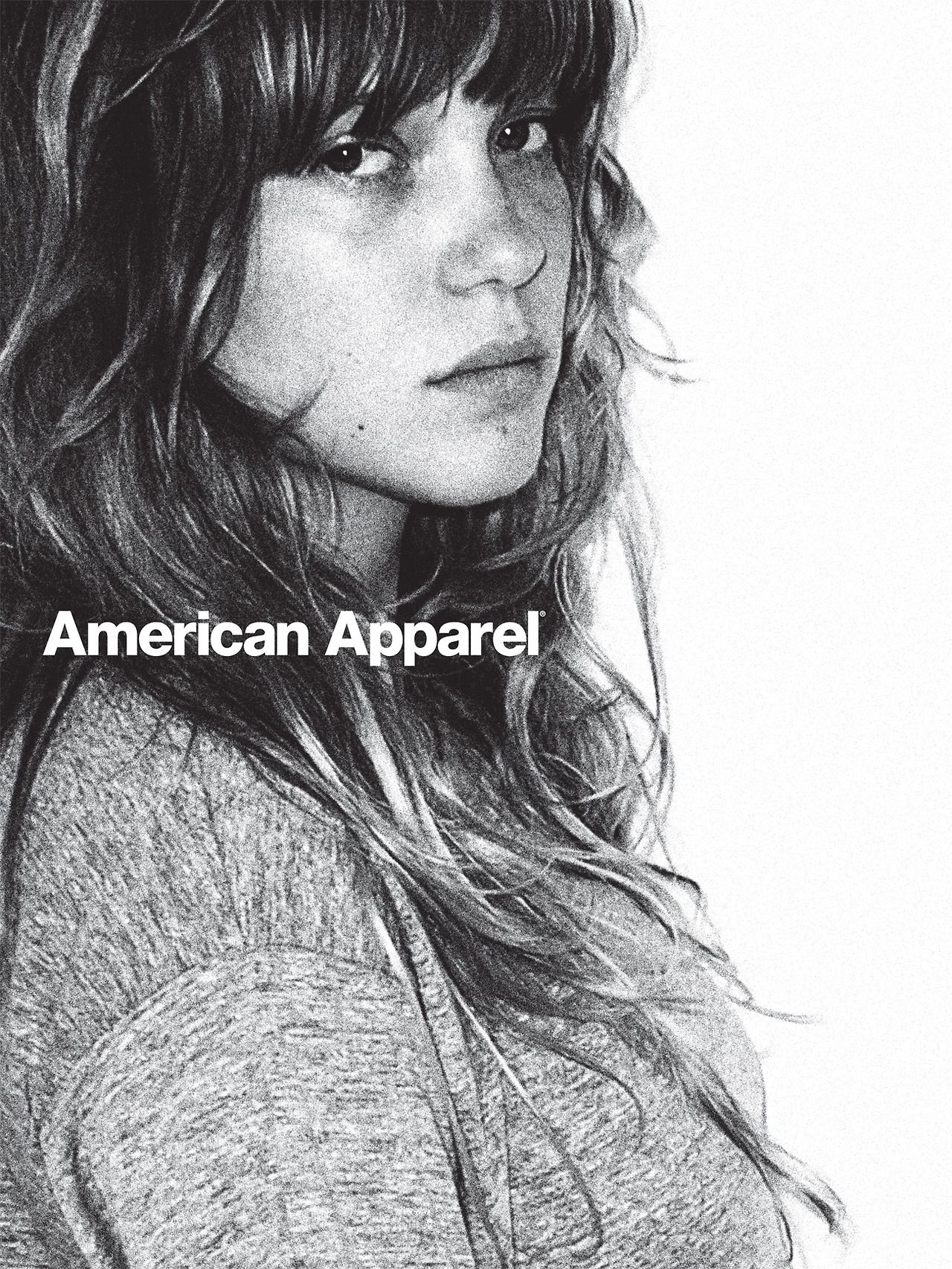 Americanapparel léa seydoux wears triblend short sleeve scrimmage