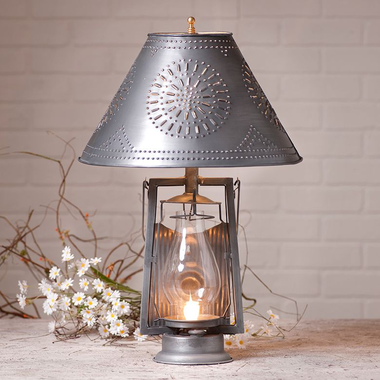Farmers table lamp with shade in antique tin lamp