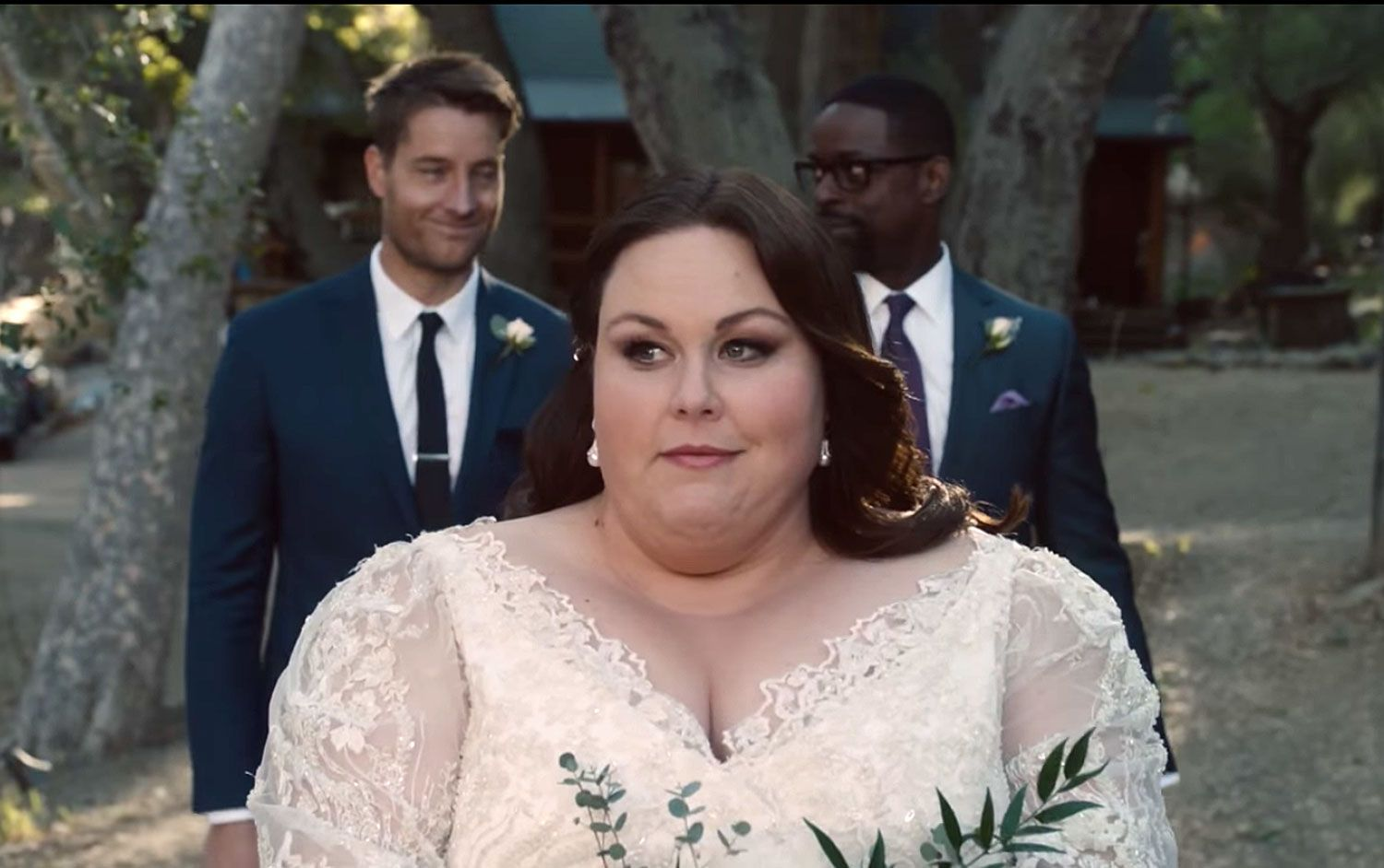 Kate Pearson Slipped Something Old From Dad Jack In Her Wedding Bouquet On This Is Us This Is Us Serie This Is Us Bride