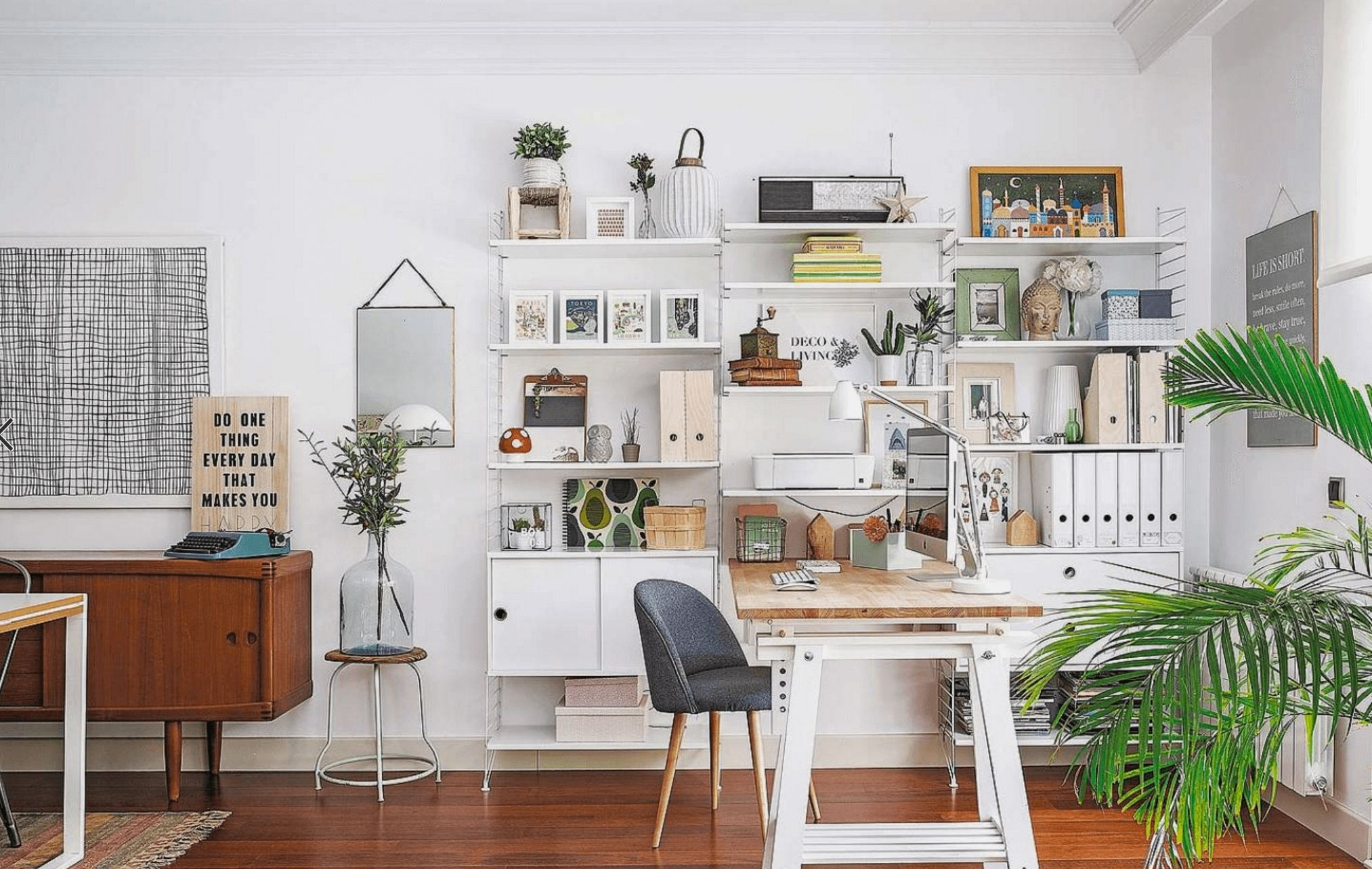 Modern Home Office - 29 Beautiful Modern Style Home Decorating