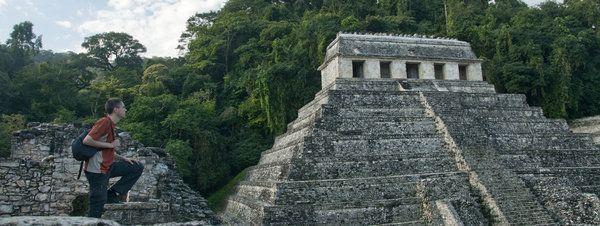 ¿Pero qué profetizaron los mayas?, por Jordi Busqué