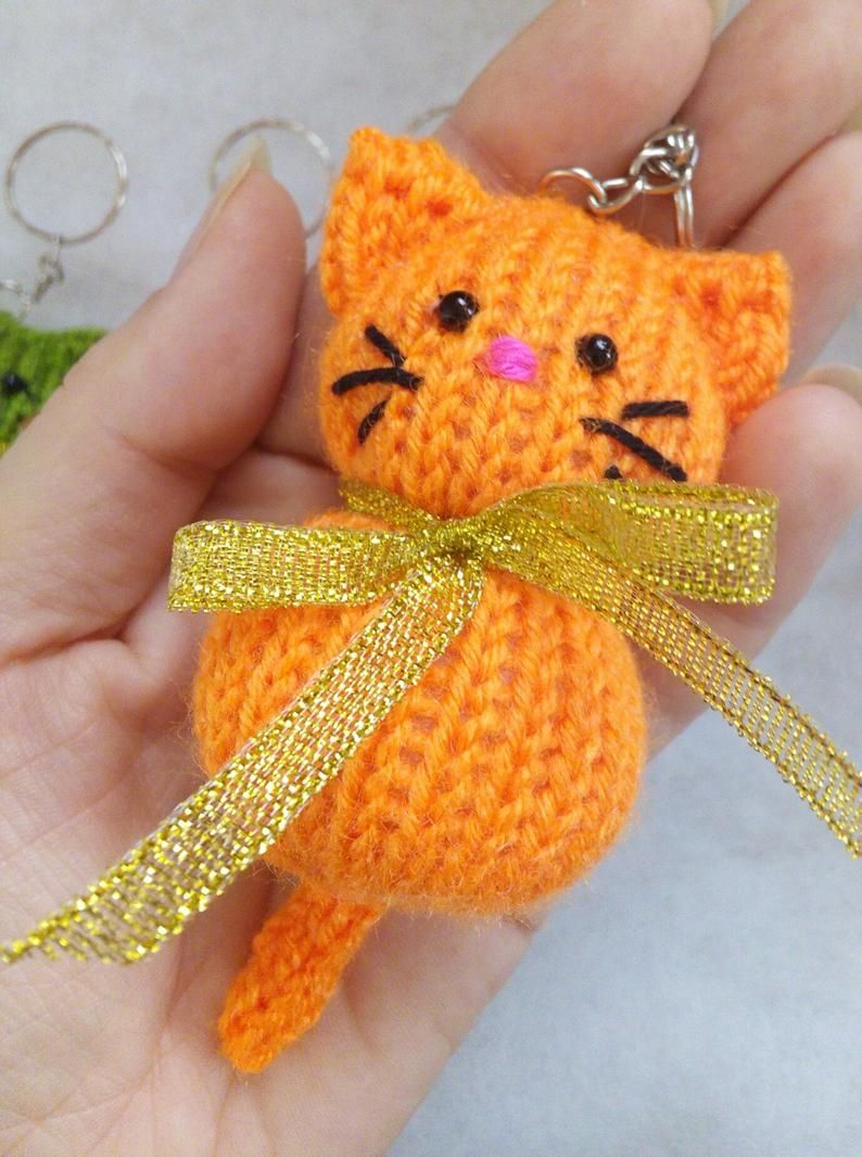Cat Keychain Ring, Stuffed Knitted Toy, Bag Pendant, Knitted Cat, Keychain Ring, Mini Toy