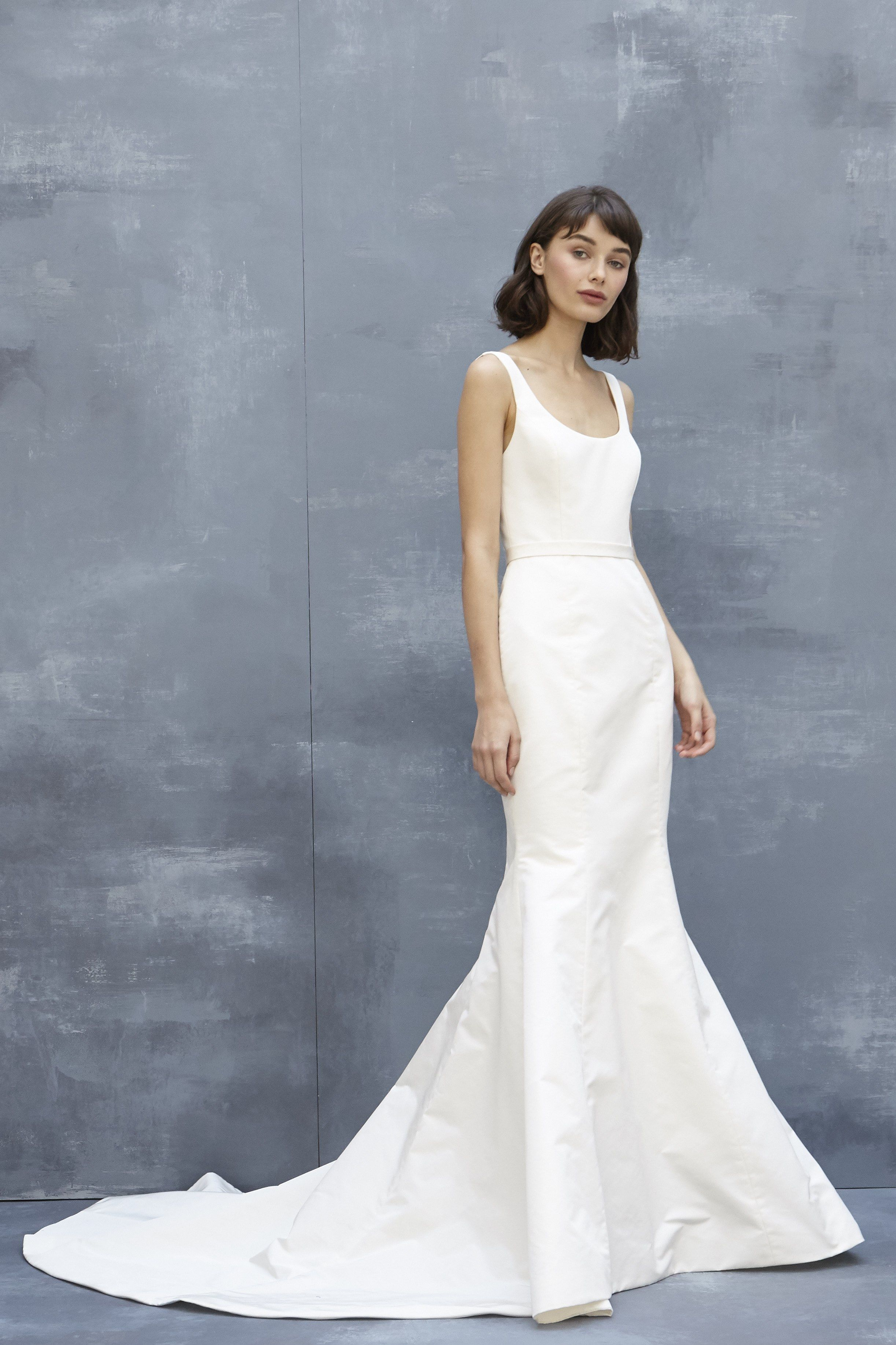 The 9 Fall 2018 Wedding Dress Trends Brides Need to Know | Brides ...