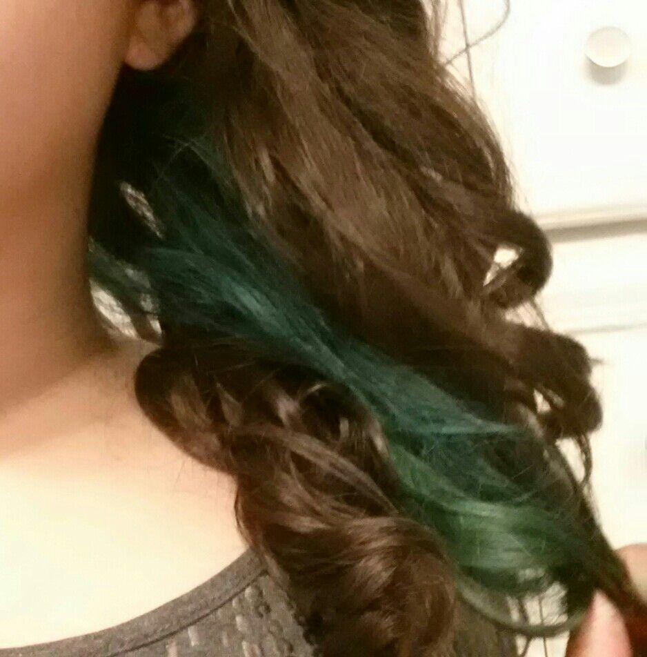 Bad Picture But This Was My First Shot At Dying My Hair It Was