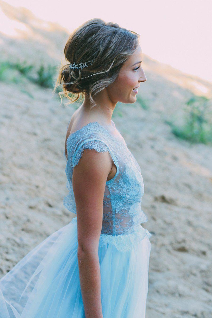 Ein blaues Brautkleid  Hochzeitskleid bunt, Braut, Brautkleid
