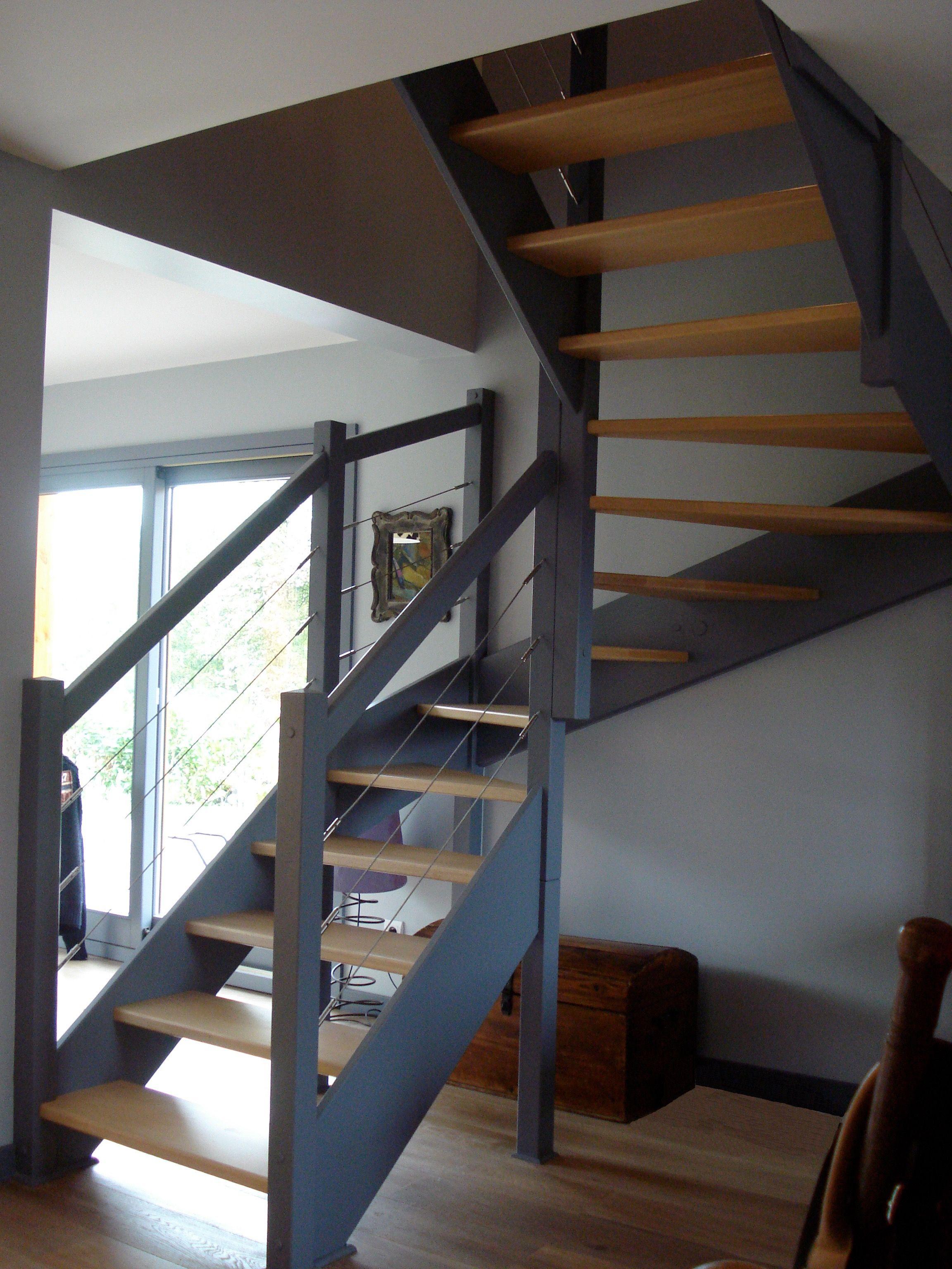 Escalier Bois Contre Marche Grise Escalier Bois Escalier Relooking Renovation Escalier Bois