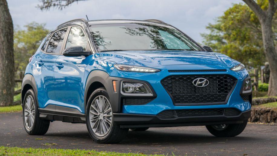 2018 Hyundai Kona Sel Review Non Turbo 2 0 Is Slow But Saves Money In 2020 Hyundai Turbo Car Girl