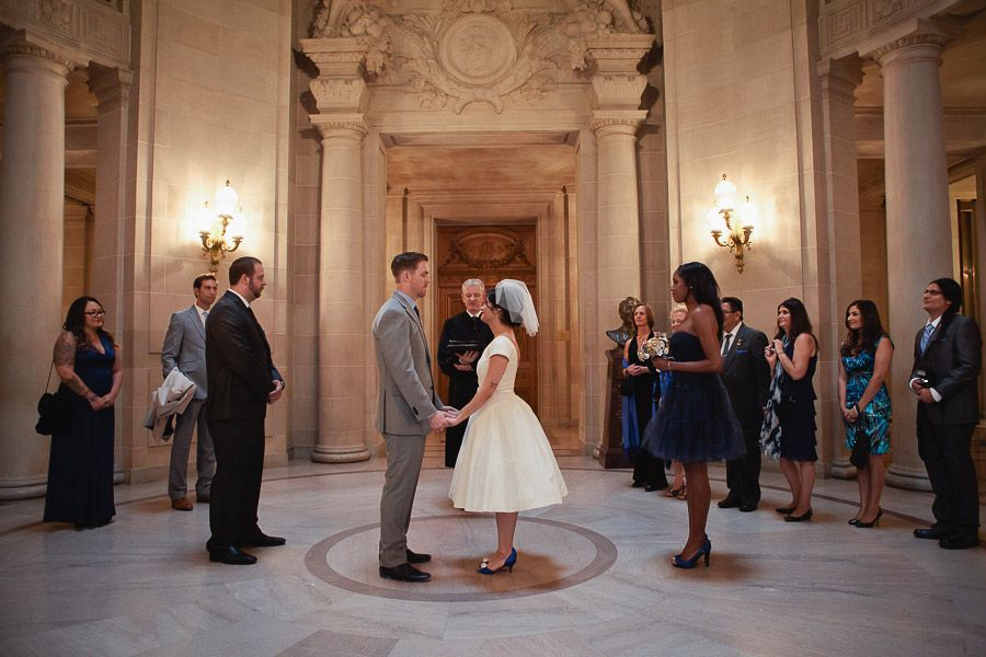 San francisco city hall wedding photos how to get married for Sf courthouse wedding
