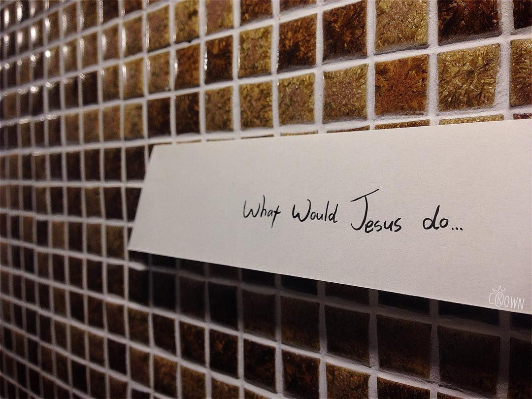 오늘 하루동안 어떻게 사셨습니까? 왜 그렇게 하셨습니까? 생각해 봐야 할 일이죠. 나는 정말 주님이 하신 일을 하고있는가? 주님이 하셨을만한 일을 하고있는가? 그렇지 않다면 우리는 그리스도인이라고 할 수 없습니다. -3월22일 화요모임 말씀 중-  아래 주소로 들어가시면 전체 말씀을 들으실수 있습니다. http://ift.tt/1RjSiJd #ywam#ywamseoul#worship#예수전도단#서울지부#화요모임#예배#말씀#김병락# by ywamseoul http://bit.ly/dtskyiv #ywamkyiv #ywam #mission #missiontrip #outreach