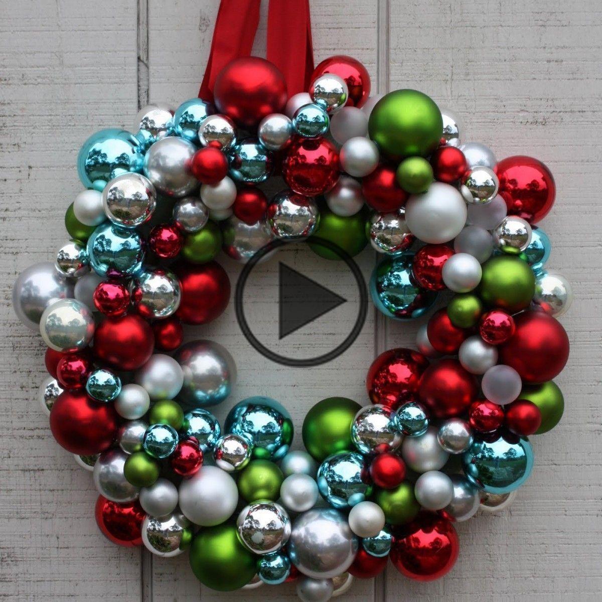 Christmas Bauble Wreath DIY Is Super Easy #baublewreath This Bauble Wreath will look brilliant