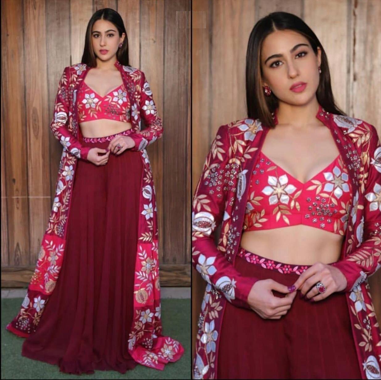 Get this beautiful sara Ali Khan outfit at ur doorstep 😍😍 📱Book Your Order Now 📞 +919924015380 📱Book Your Order Now 📞 +919924015380 #kurti #kurtimurah #kurticantik #kurtis #kurtiindia #kurties #kurtidress #kurtijubah #kurticrepe #kurtishaj #kurtimalaysia #kurtimurahmalaysia #kurticotton #kurtitop #kurtiblouse #fashion #kurtionline #blousemurah #latestkurtidesigns #kurtislife #kurtilovers #kurtikurung #kurtilabuhmurah #latestkurtis #kurtiboutique