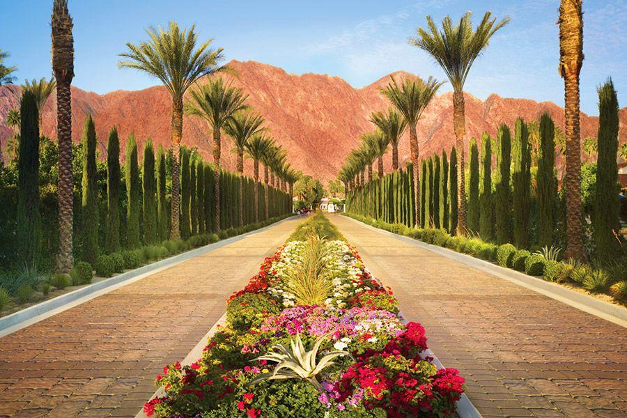 La Quinta Resort Club Photography Courtesy Of La Quinta Resort Club Read More Http Www Insidewed La Quinta Resort Palm Springs Palm Springs California