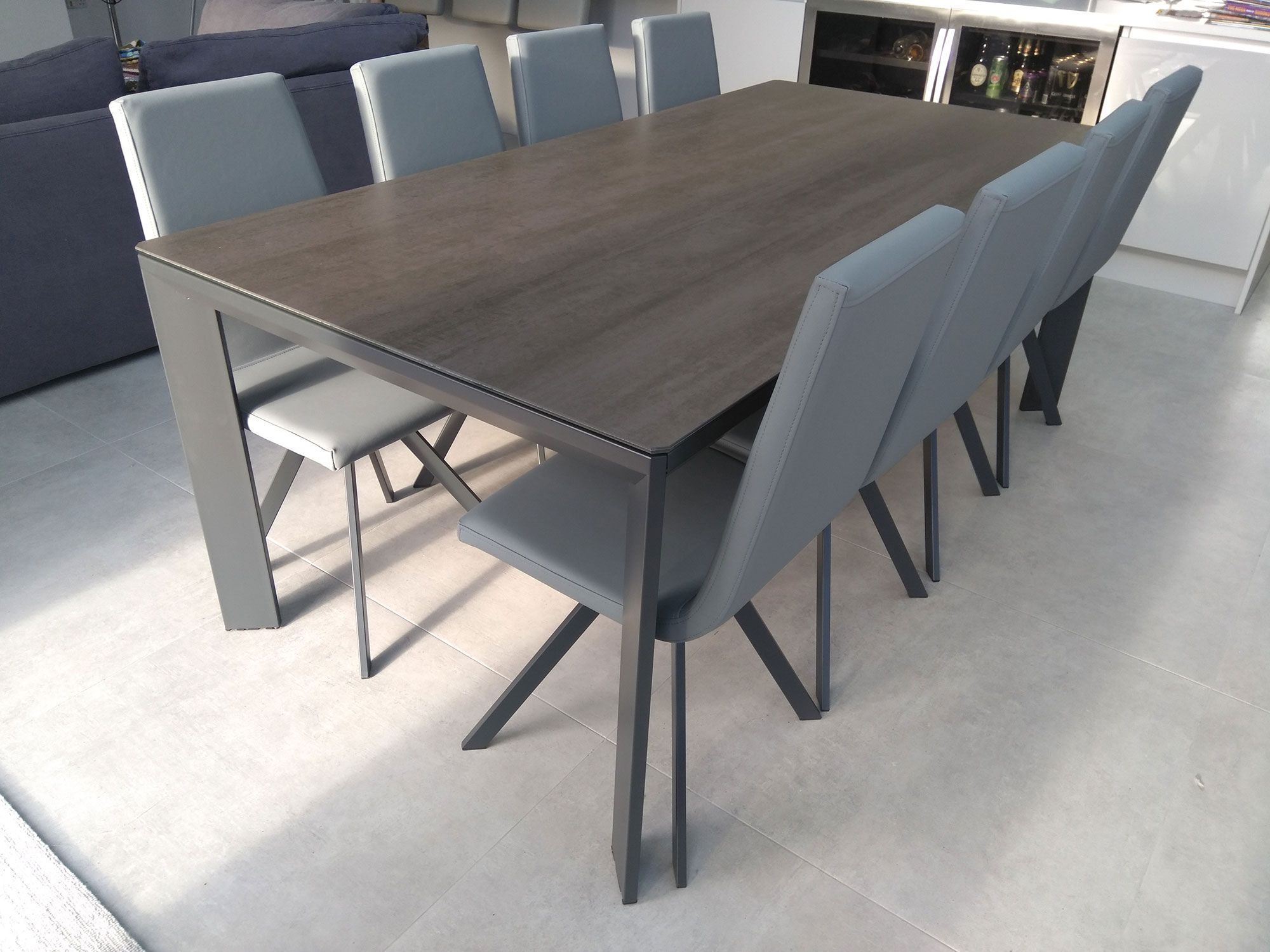 Urban Ceramic Dining Table In 2020 Dining Table Extendable
