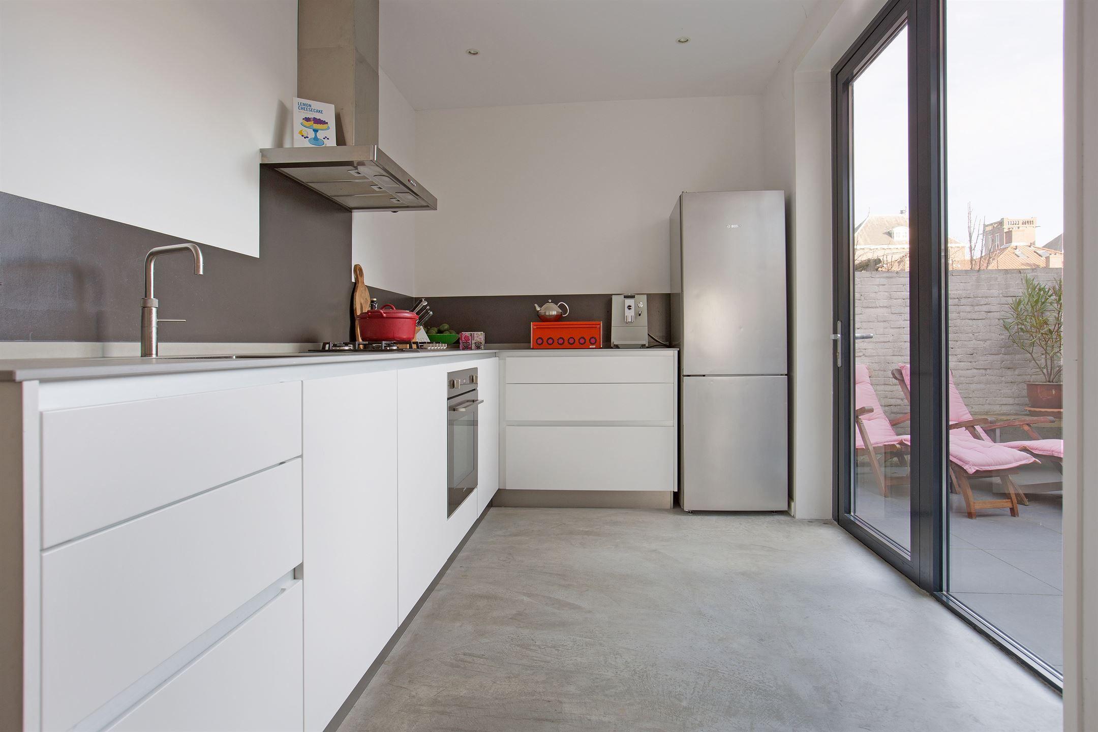 Eigentijdse en lichte woning (ca. 105 m2) met 3 slaapkamers en ...