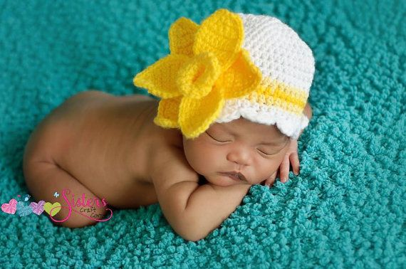 Crochet Daffodil Hat - Girls Flower Beanie - Newborn Photography - Spring Flower Hat - Flower Photo Prop - Easter Hat - Baby Girl Hat #hatflower