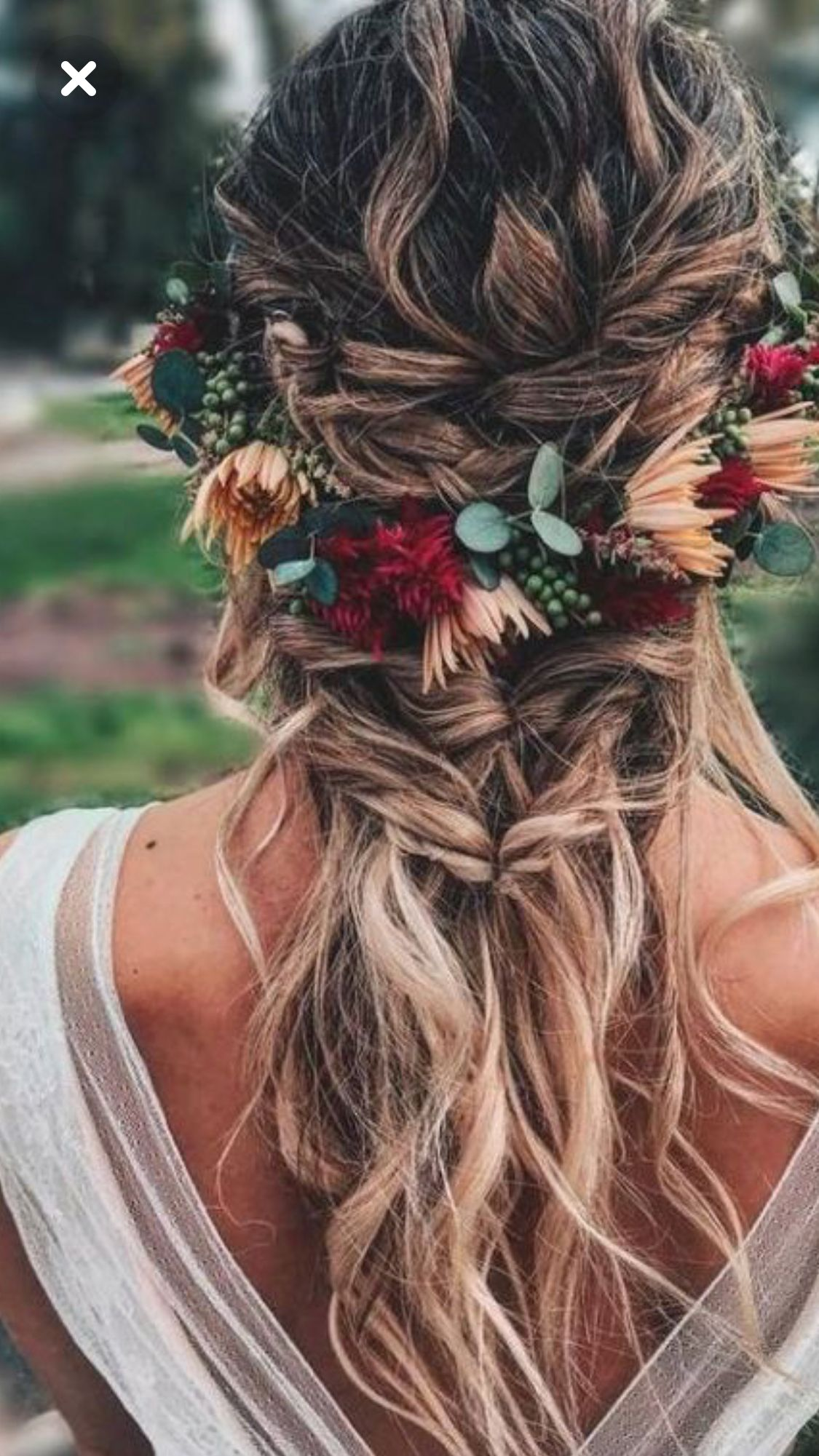 berries and burgundy blooms for a flower crown that blends