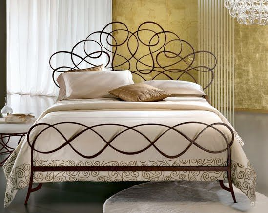 Best Modern Ornate Hand Forged Iron Beds From Ciacci Of Italy 400 x 300