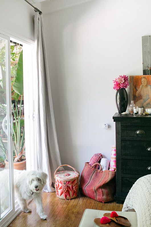 sfgirlbybay / bohemian modern style from a san francisco girl : bedroom-security-system - designwebi.com