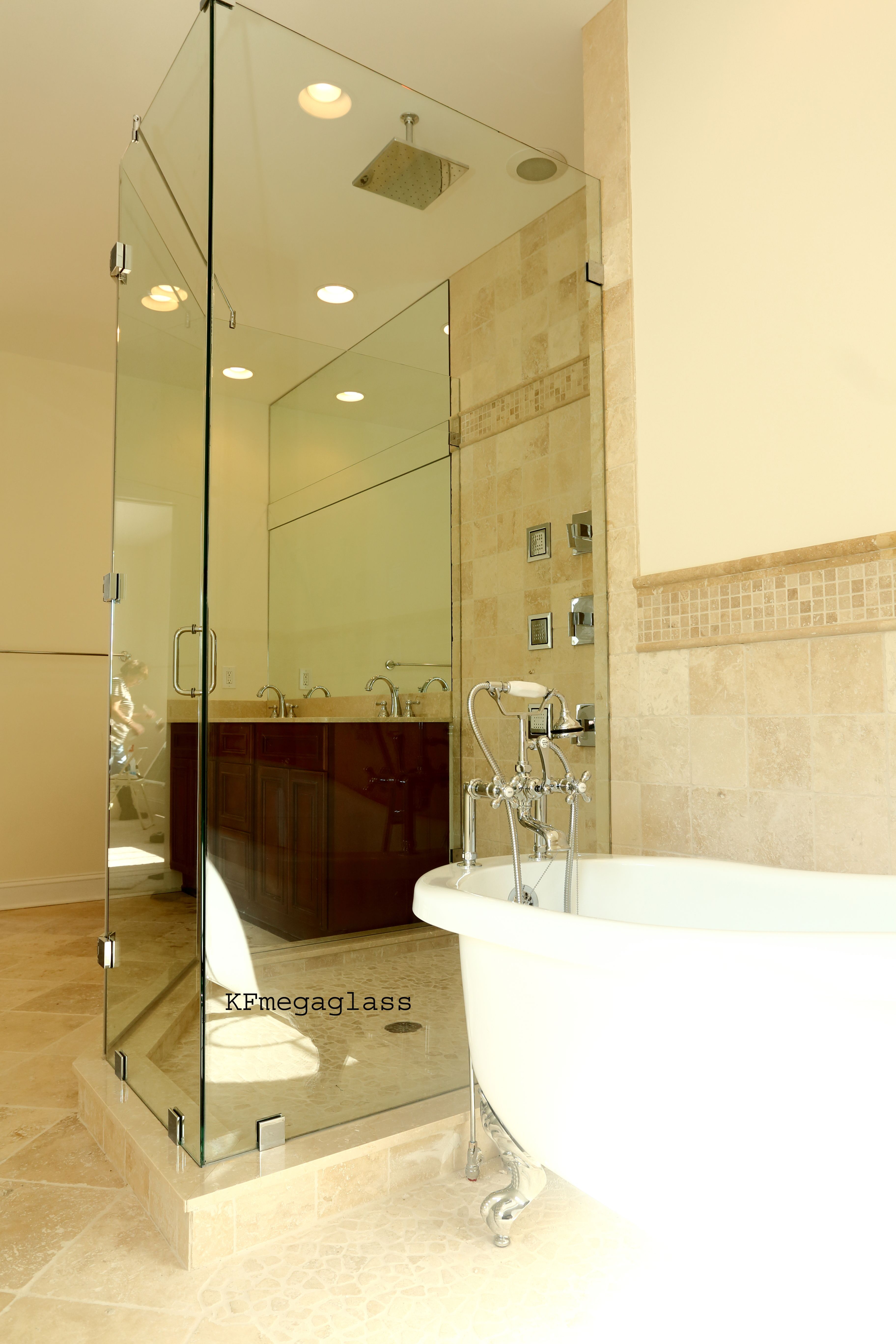 Kfmegaglass Is The Premier Company For Design Your New Shower Door New Construction Residenti Frameless Shower Doors Shower Doors Frameless Shower Enclosures