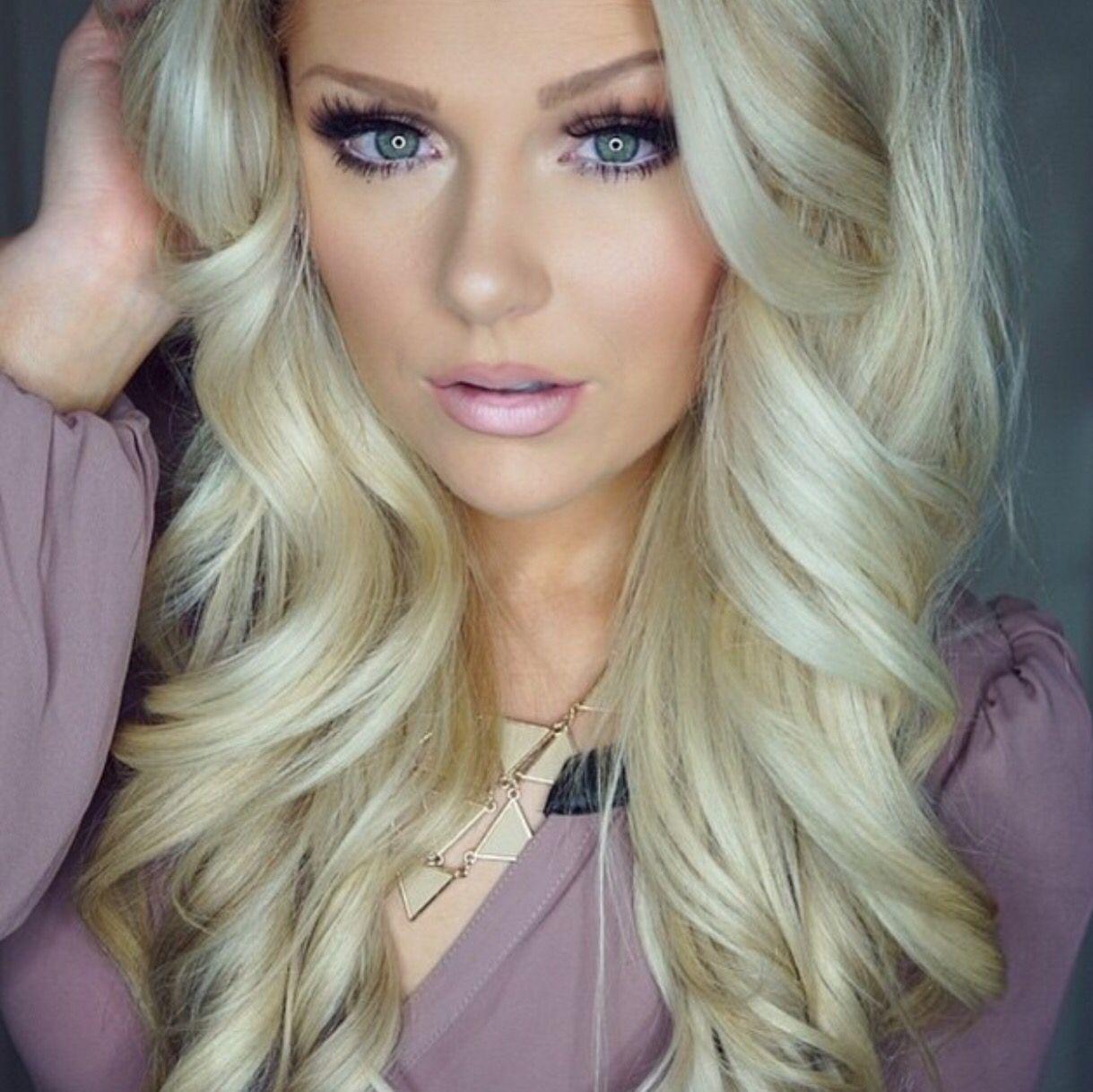 Heading out. x Blonde hair blue eyes, Blonde hair makeup
