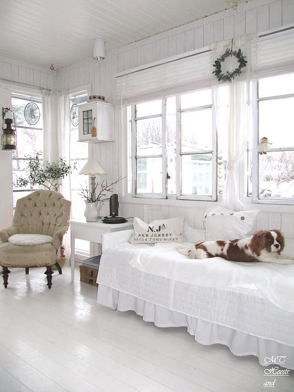 Living Room White Grey Black Chippy Shabby