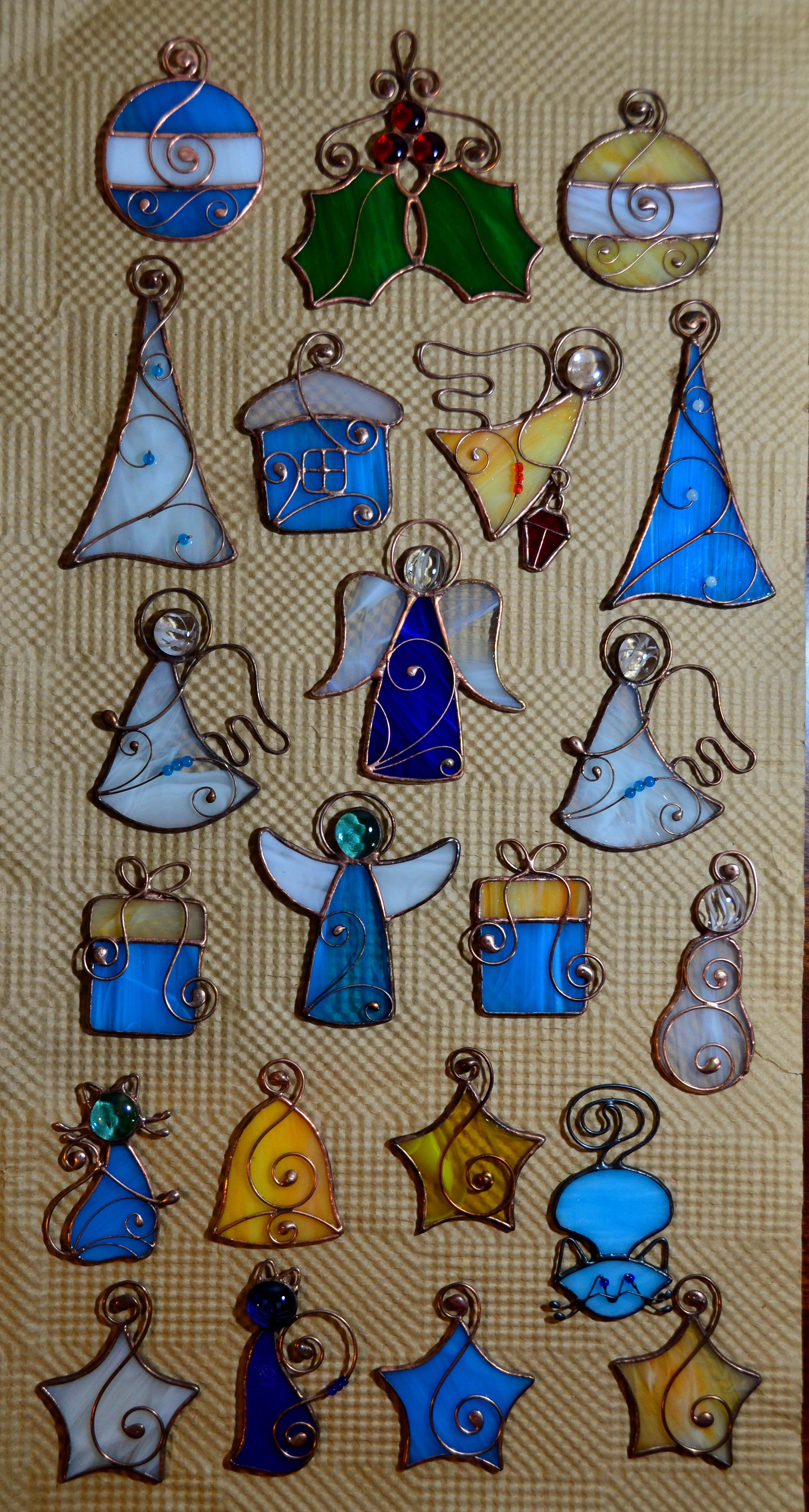Stained glass Christmas ornaments | Stained glass ...