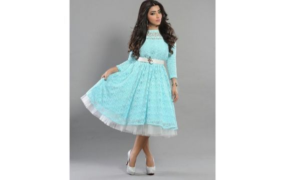 بالصور تعرفي معنا على ستايل الممثلة بثينة الرئيسي Fashion High Waisted Skirt Waist Skirt