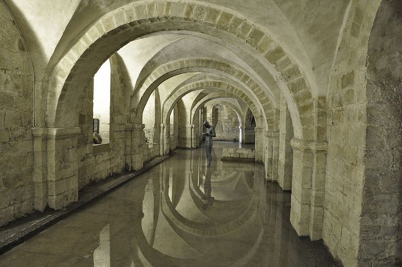 The Crypt, Winchester