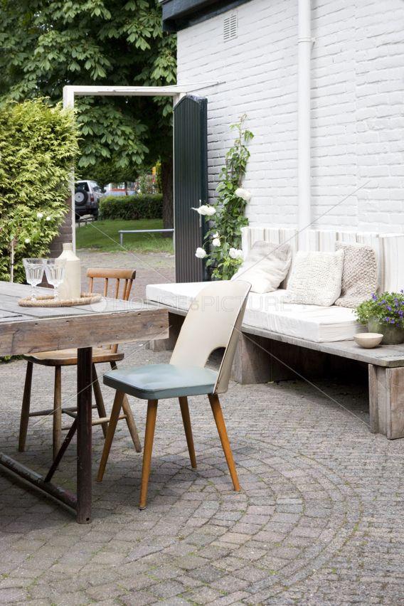 Perfect Backyard Setting Cobbled Floor Bench