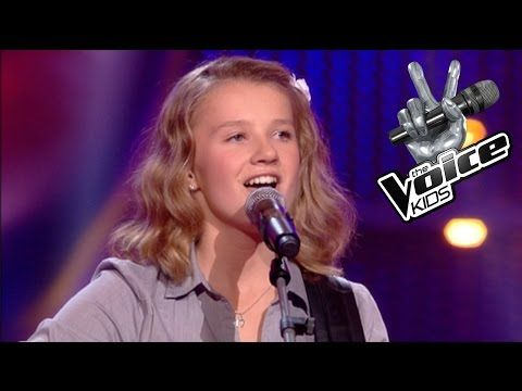 All The Judges Hit Their Buzzers When 13 Year Old Sings I Will Always Love You Singer Singing Videos My Favorite Music