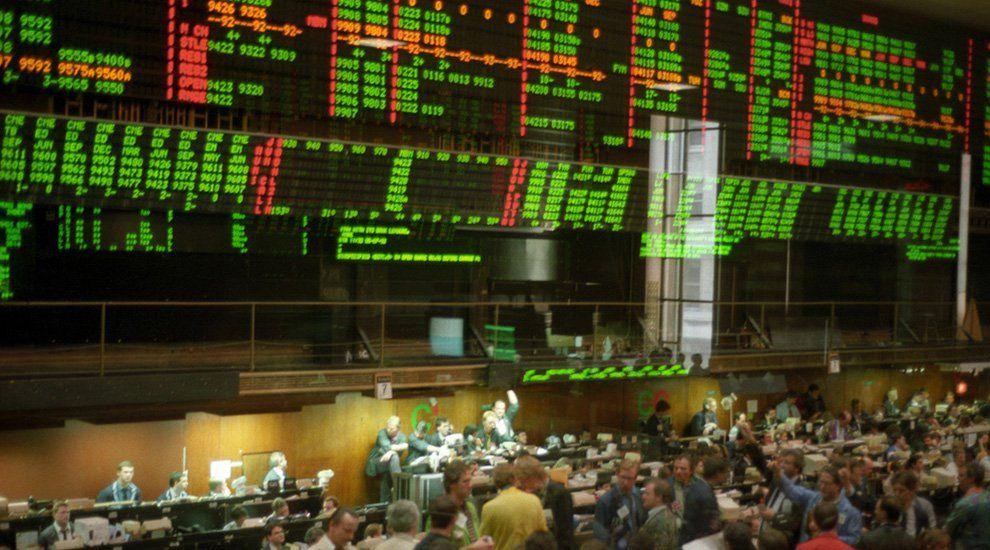 Wall Street Otc Bitcoin Trading Desks See Record Volumes As Price Trading Desk Bitcoin Bitcoin Cryptocurrency