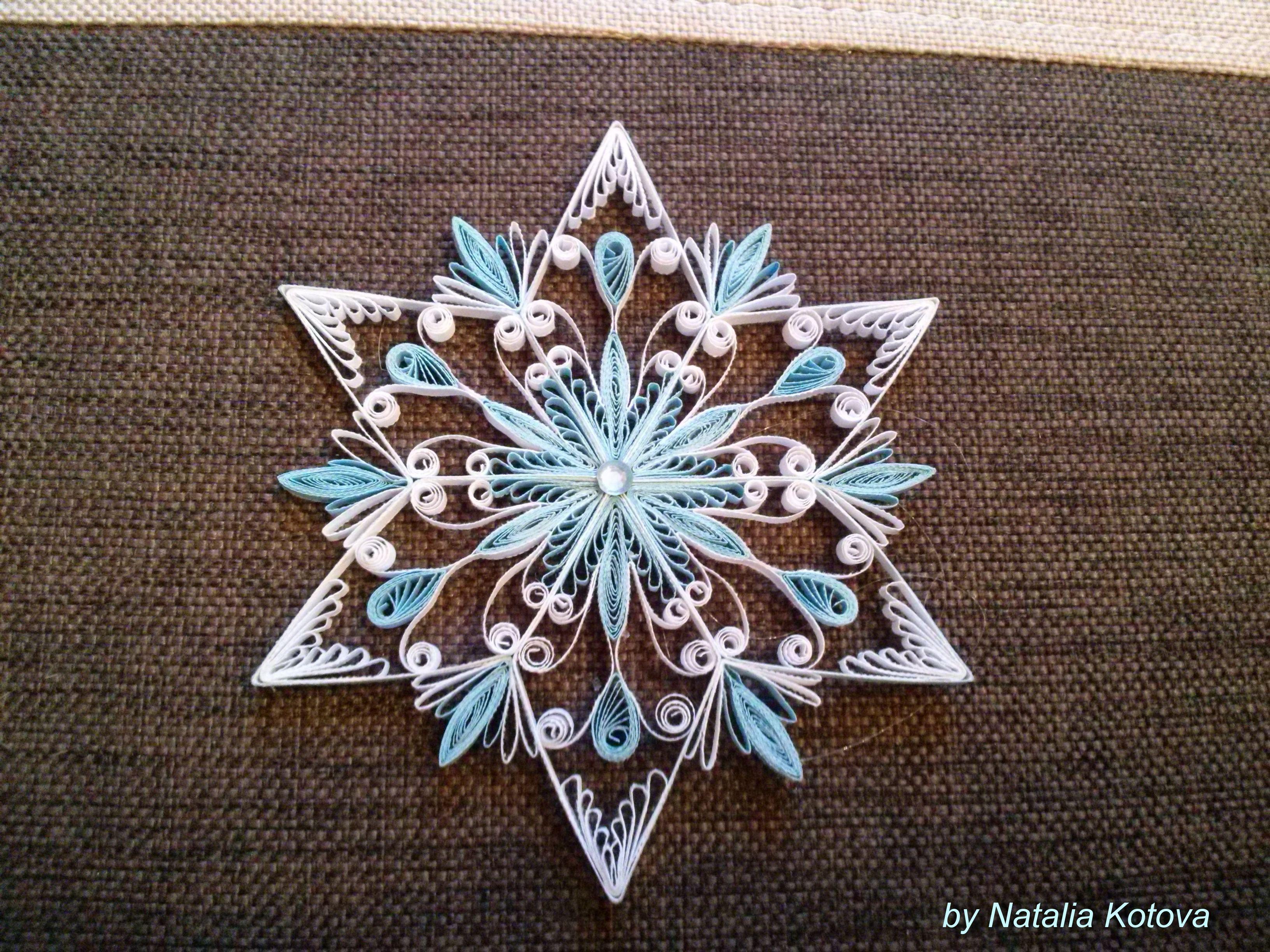 Fiocchi Di Neve Di Carta Modelli : Pin di luana savioli su snowflakes accessori