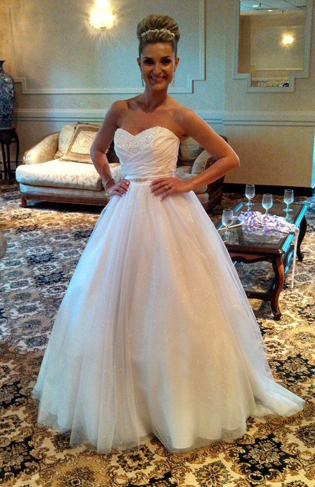 Alfred Angelo Cinderella Wedding Gown Style 205 #AlfredAngelo #weddinggowns  #Cinderella #sparkles #