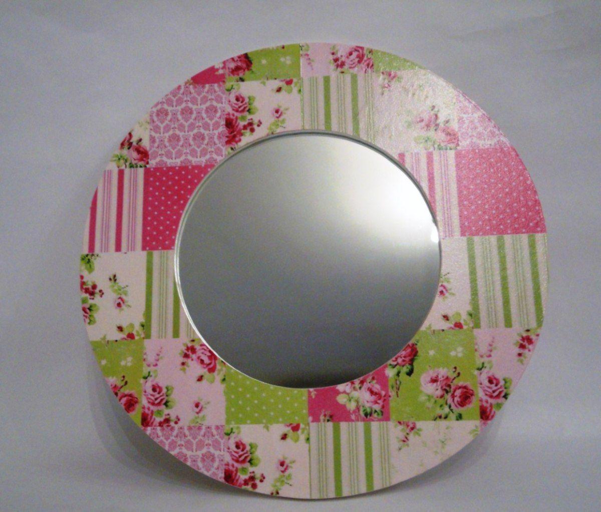 espejo redondo de madera con patchwork