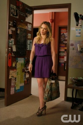 """""""Dan de Fleurette""""  Pictured: Hilary Duff as Olivia  Photo Credit: Giovanni Rufino / The CW  © 2009 The CW Network, LLC. All Rights Reserved."""