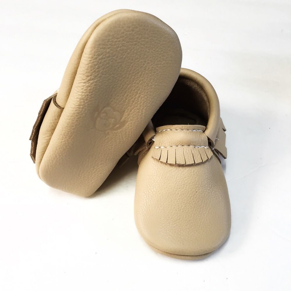 *** Nude Moccs