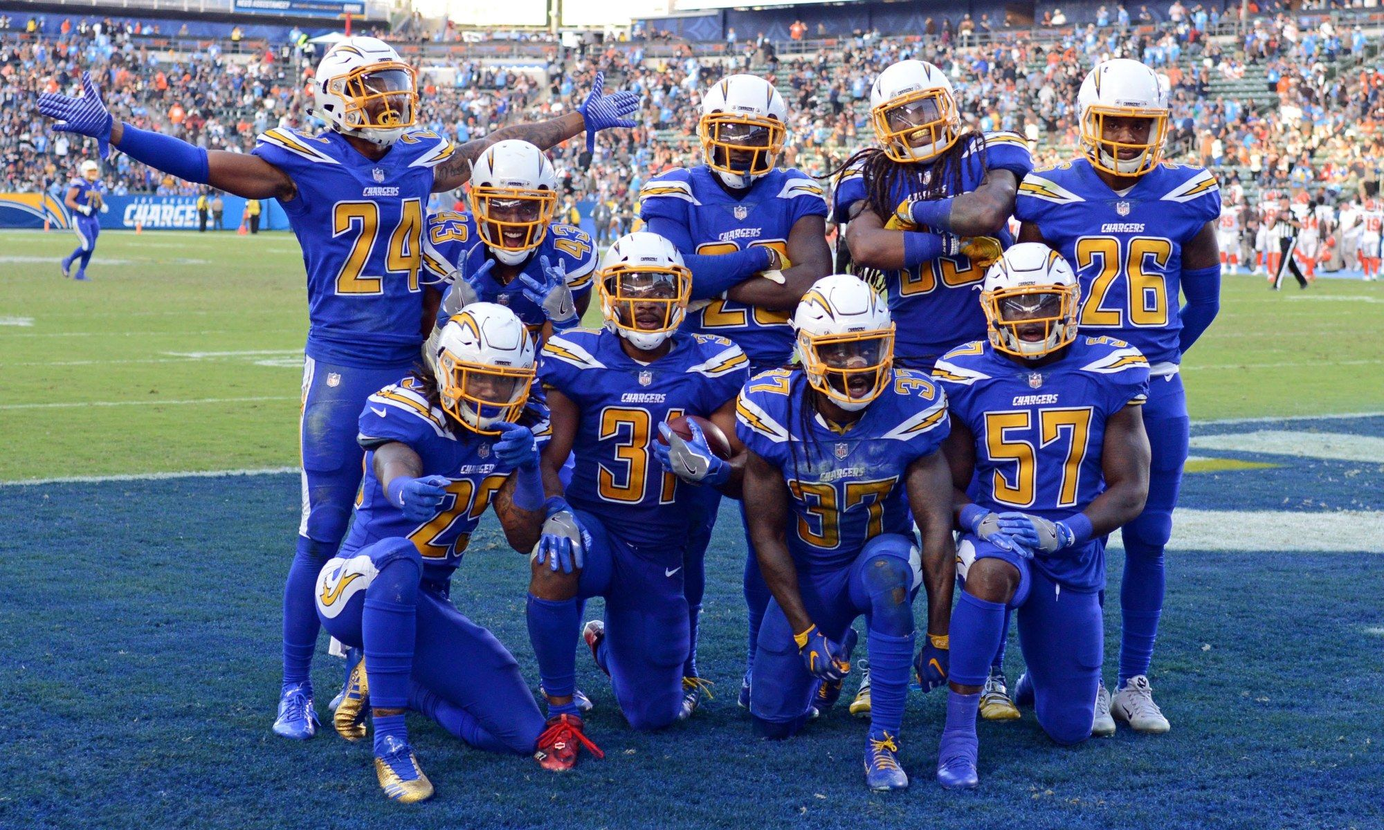 best sneakers e5989 29900 Chargers to wear Color Rush uniforms Sunday vs. Cardinals ...