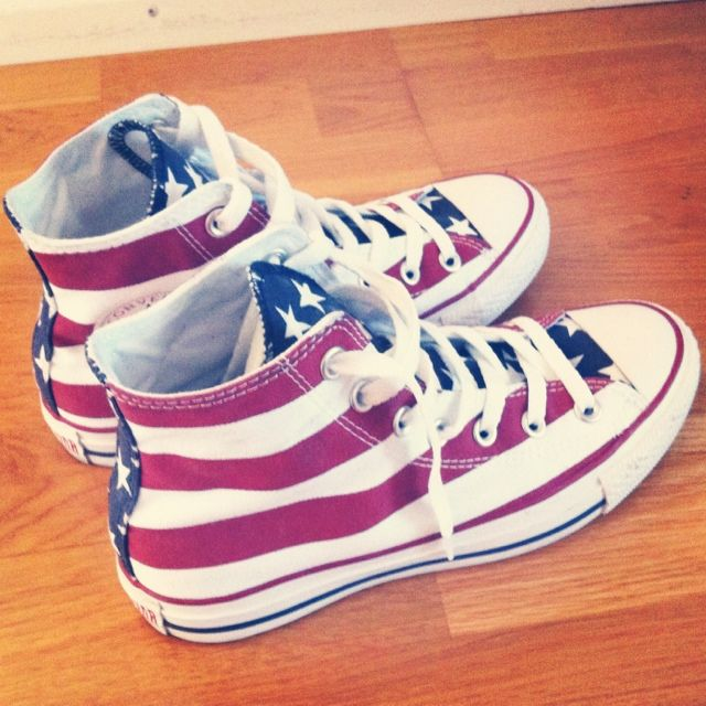 06b333bb2f9812 These would be cute with a pair of jean shorts in July! Definitely need  these Converse.