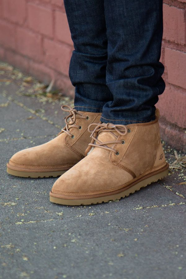 Mens Ugg Moccasins On Feet