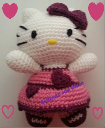 Cómo hacer a Hello Kitty en amigurumi - YouTube | 424x346