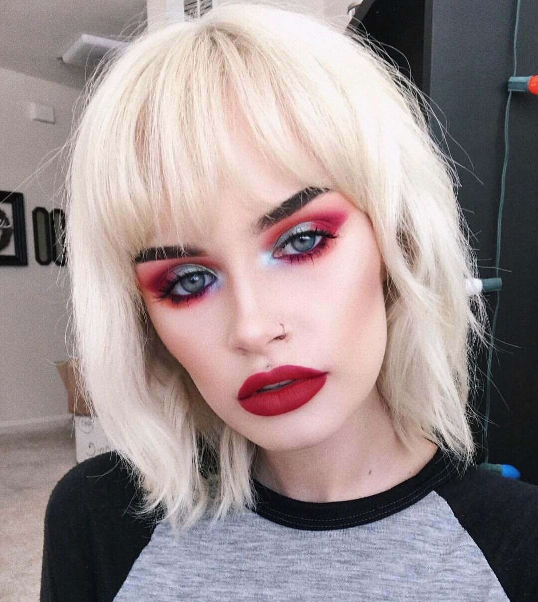 """1,718 Me gusta, 14 comentarios - ASH (@atleeeey) en Instagram: """"i'm uploading a MAY FAVORITES video rn!! i think the last time i had time to film a favorites video…"""""""