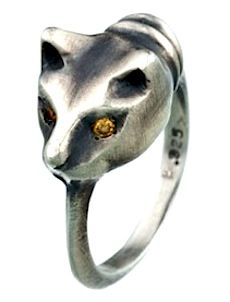 purrfect: recycled sterling silver cat ring