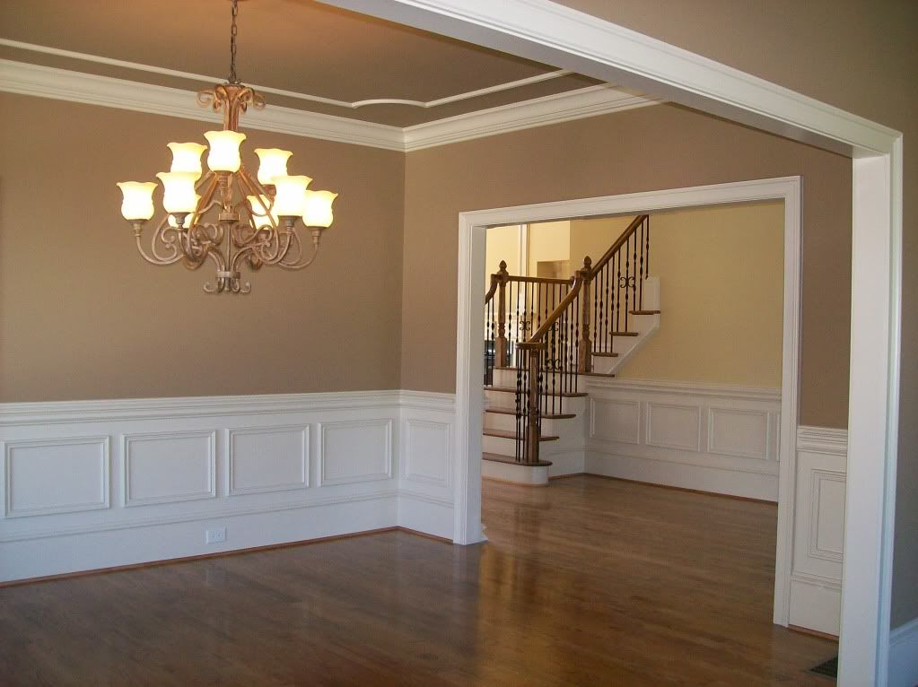 Clean Lines; Ceiling Same Color Or Shade Of Wall With Contrasting Ceiling Moldings