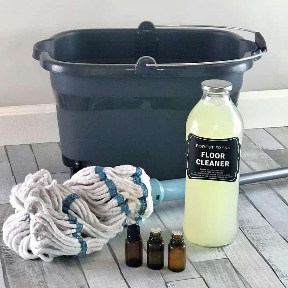 Essential Oil Laminate Floor Cleaner