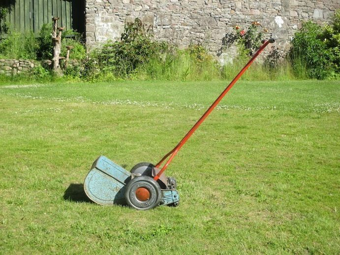 Qualcast B1 Push Lawn Mower - vintage | Historical