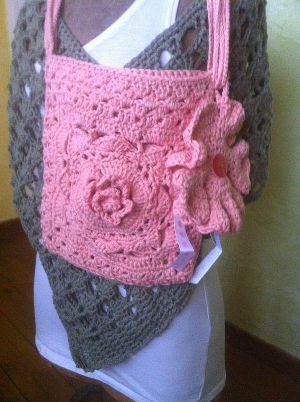 """pochette en coton rose en vente sur le site """"www.alittlemarket"""" boutique """"aiguilletine et crochetine"""""""