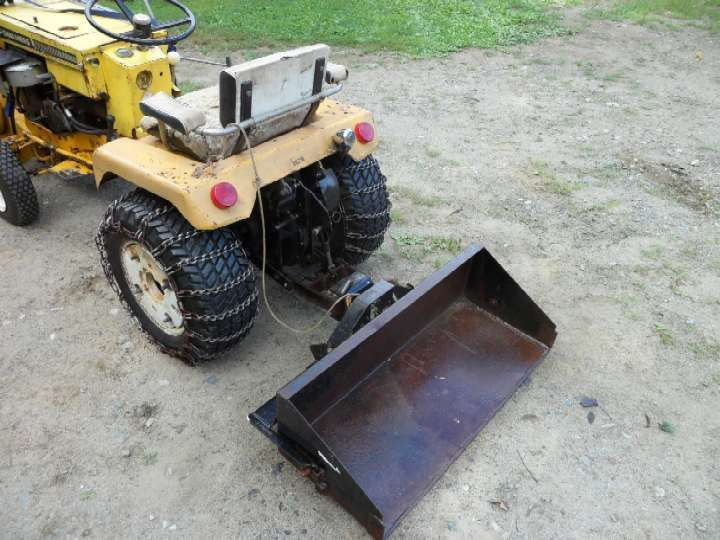 Michael 39 S Tractors Simplicity And Allis Chalmers Garden Tractors Scoop Tote Rear Bucket