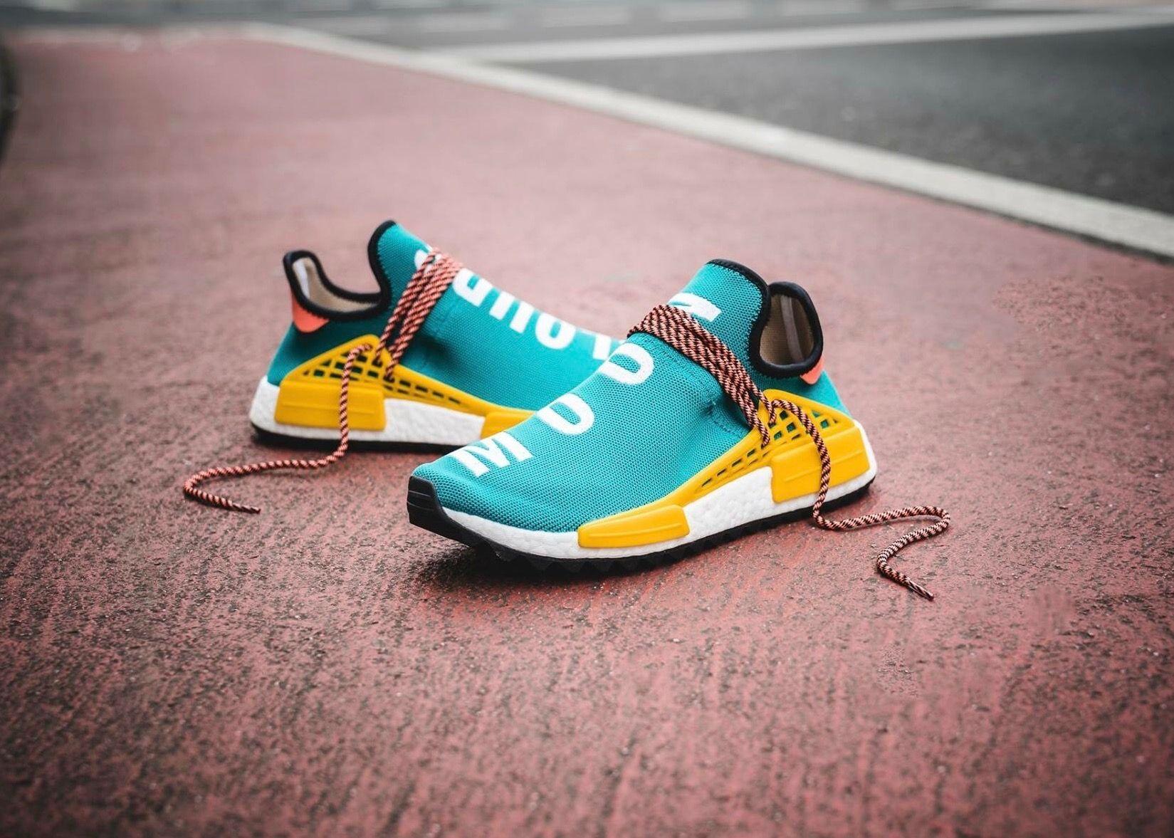 pharrell x adidas originali escursionismo hu nmd tr adidas pinterest