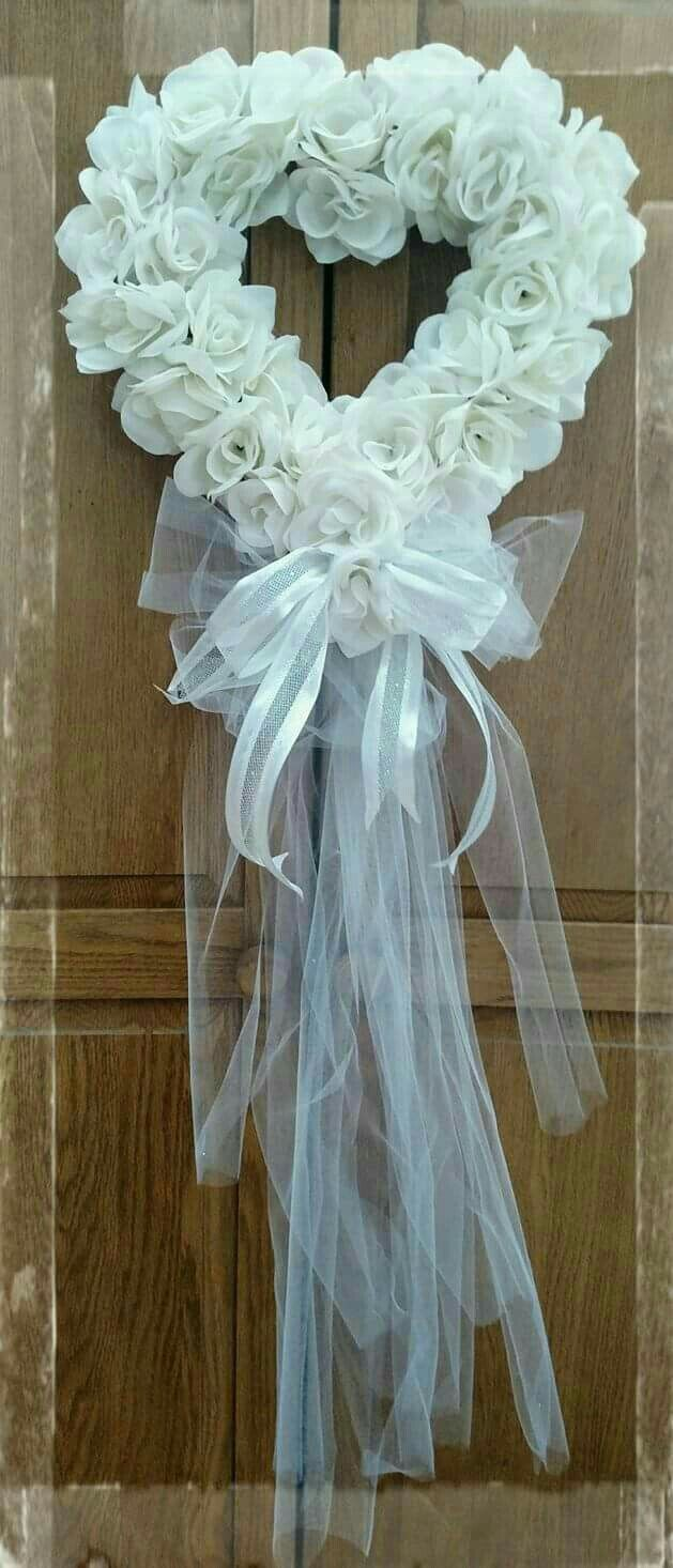 Wedding decorations using tulle  Pin by Manuela Bovo on Weddings  Pinterest  Wreaths Wedding and